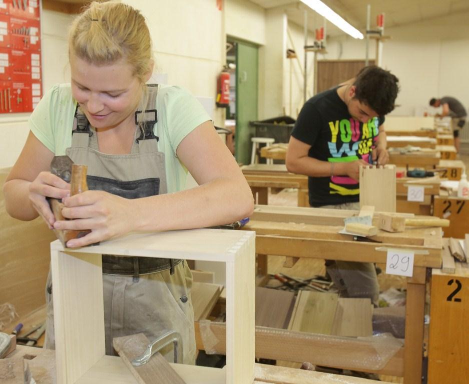 tischler schreinerhandwerk im saarland willkommen. Black Bedroom Furniture Sets. Home Design Ideas